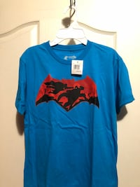 Boys blue/red Batman shirt  London, N6M 1J4