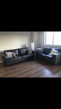 3 piece leather couch,love seat and chair Calgary, T2P 3J1