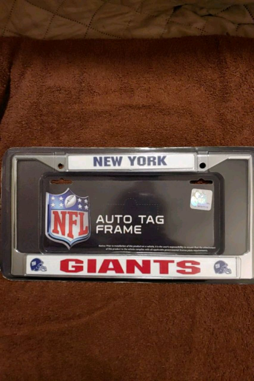 Photo Officially licensed New York Giants chrome license plate tag please