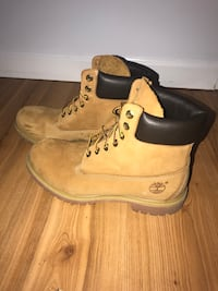 Original timberlands shoes men 9.5  Vancouver, V5M 4T7