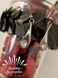 Silver 925 vintage long earrings with moon stone. Pico Rivera