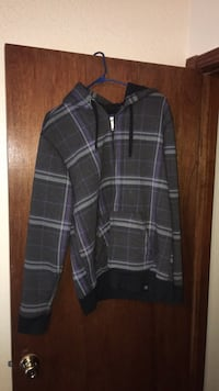 Men's lightly used jackets. Only worn a couple of times. $15 each Oklahoma City, 73099
