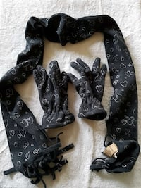 black and white heart gloves & scarf Silver Spring, 20901
