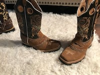 Pair of brown leather cowboy boots Thornton, 80229