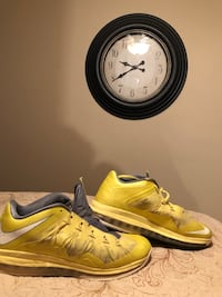 pair of white-and-yellow Nike basketball shoes size 16 Elkins, 26241