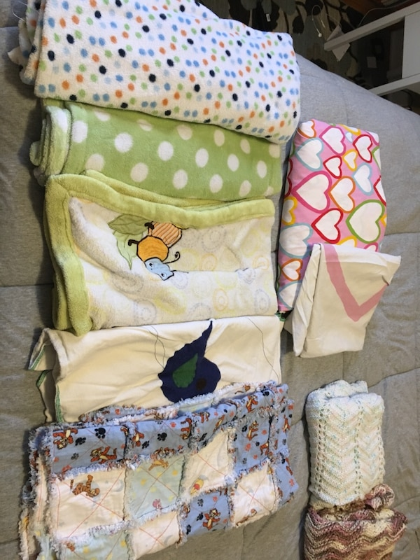 Kids bedding: duvet cover and sham, 6 blankets, 3 crib sheets, one mattress cover,