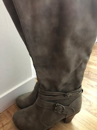 Stunning boots  Laval, H7R 2Z6