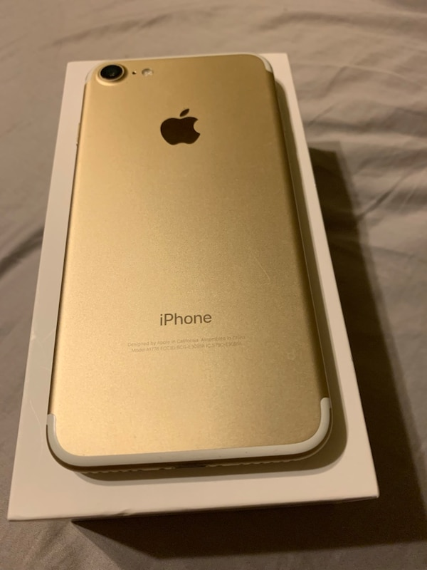 T-Mobile iPhone 7 Gold 32 GB