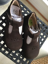 Girls size 10.5 brown suede Stride Rite Shoes Centreville, 20120