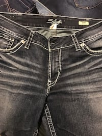 Woman's silver jeans  Barrie, L4N 9P8