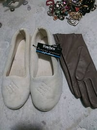 Leather gloves n great walk arond slip9 ons  954 mi