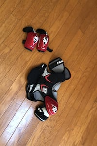 Ice hockey chest and elbow pads  Clearwater, 55320