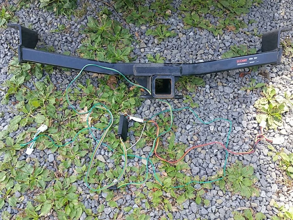 Nissan Rogue trailer hitch and wiring harness on
