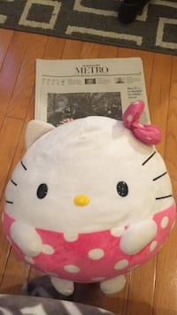 Large Hello Kitty by Sanrio Doll Burke, 22015