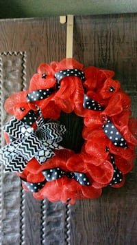 red and black wreath Redding