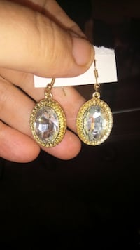 Lovely Crystal Earrings  Minneapolis, 55414