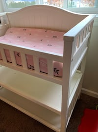 Baby Changing Table, Pad w/ 2 Covers