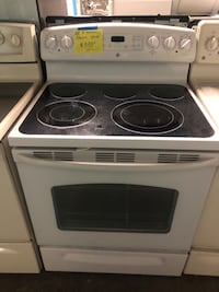 GE 5 burners electric stove Baltimore, 21223