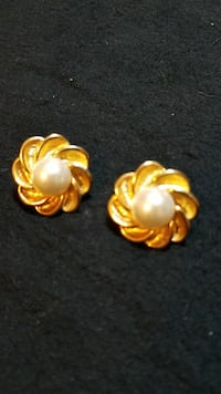 Gold & Pearl Earrings  Mission, 78572