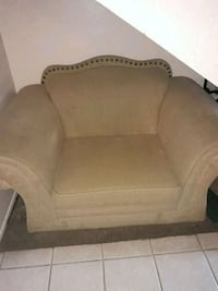 brown wooden frame brown padded sofa Palmdale, 93552