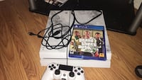 White sony ps4 with controller and game Hagerstown, 21740
