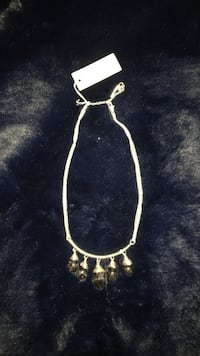 Kenneth Cole Silver-colored chain necklace with crystal drops