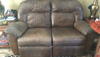 Reclining 2 Seat Couch Pleasanton, 94566