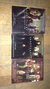 two The Lord of the Rings DVD cases Montreal, H3W 2E6