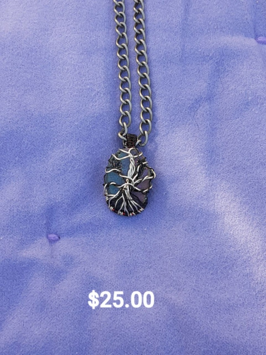 Photo Great for mothers day Tree of life necklaces
