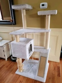 PETCO Cat Tree New Milford, 06776