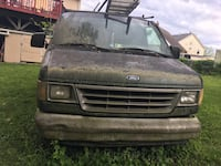 Ford Econoline 250 - 1999 Falls Church