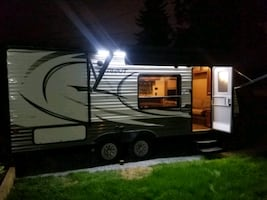 19 trailer for rent and quad