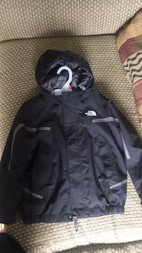 rain North Face jacket size 4/5 original price was 100$  just used once like new Falls Church, 22042