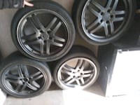 Almost like new 17in wheels and tires that goes on Grand Prairie, 75050