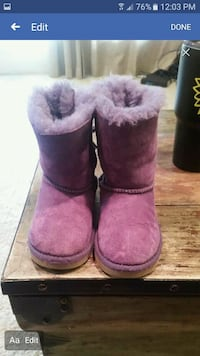 Uggs girl size 10 Normal, 61761