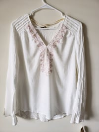 White shirt with colorful embroidery Downers Grove, 60515