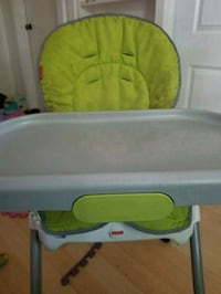 baby's green and white high chair Welland, L3B 4K3