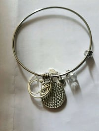 Minnie collector bracelet  Whitby, L1N 8X2