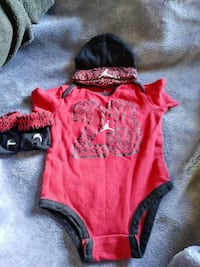 baby's red-and-black Air Jordan onesie, knit cap and mittens Los Angeles, 90059