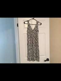 Ladies size small dress  Milton, L9T 2R1