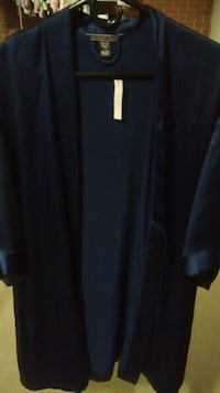 New with tags Victoria's Secret robe Winchester, 22601