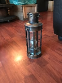 Vintage brass oil lamp  Mission, V2V 5C2