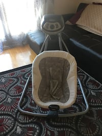 baby's white and gray cradle and swing Montréal, H2A 2B5