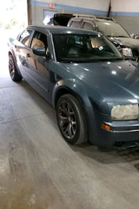 2005 - Chrysler - 300 Capitol Heights