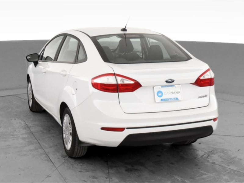 2017 Ford Fiesta sedan S Sedan 4D White <br /> 7