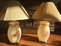 two white ceramic table lamps 550 km