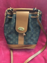 black and brown monogram canvas Louis Vuitton leather handbag Manchester, 03103