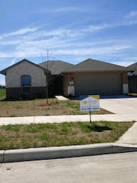 HOUSE For Rent 4+BR 2BA