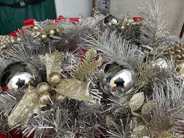 Wreaths - Battery operated lighted silver and gold!