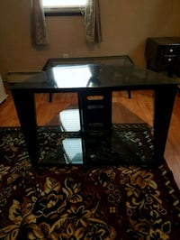 Glass TV stand North Providence, 02911